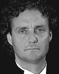 Ottawa Personal Injury Lawyer - Lee Mullowney